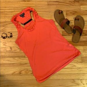 🤩 Coral racerback w/ black tie tank! Date night?!